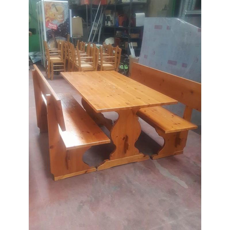 Tavoli con panche usati